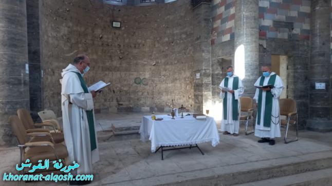 اول صلاة للاباء الدومنيكان في كنيسة الساعة بعد تدميرها من قبل داعش