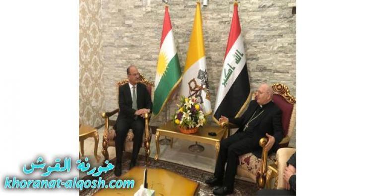 وفد من الحزب الديمقراطي الكردستاني يزور مقر البطريركية الصيفي بعنكاوة