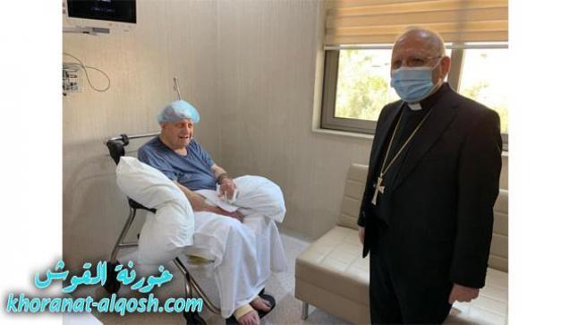 البطريرك ساكو يزور الاب البير ابونا في مستشفى مريمانة