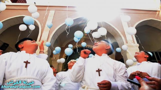 كنيسة القوش تحتفل بالمناولة الاولى لتلاميذها