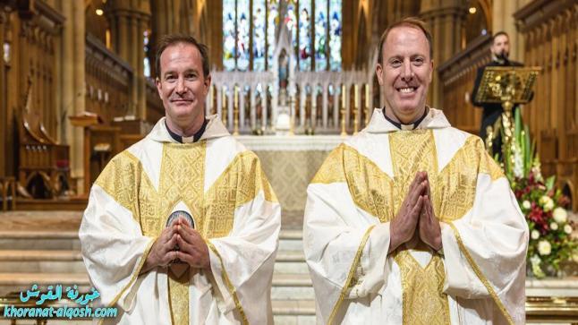 شقيقان ينالان الرسامة الكهنوتيّة لأوّل مرّة في تاريخ مدينة سيدني الاستراليّة