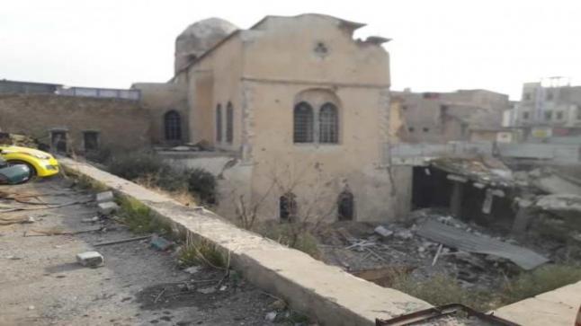 كنائس الموصل تتحوّل إلى مكب نفايات وأطلال يبكي عليها الزائرون