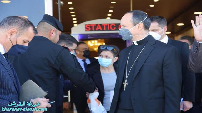 وفد الفاتيكان يعقد لقاءً في مكتب المرجع السيستاني بالنجف