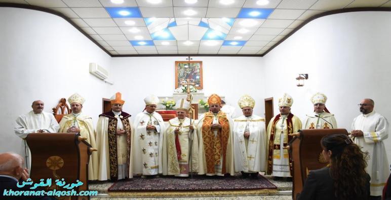 بالصور … بلدة القوش تستقبل المطران الجديد مار بولس الاسقف المعاون لأبرشية القوش الكلدانية